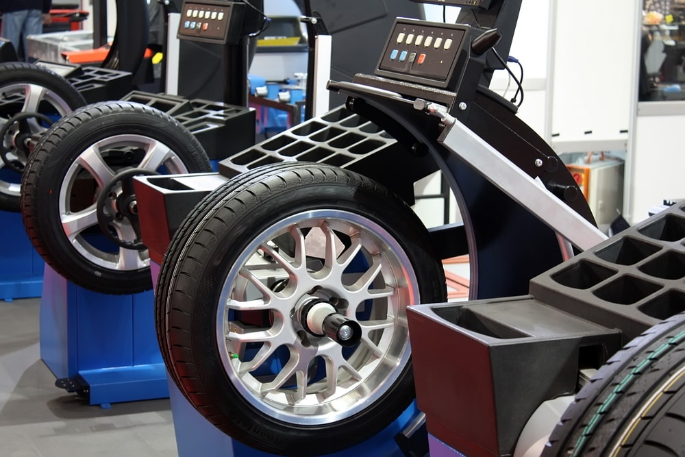 How Often Should You Get Tires Rotated >> How Often to Rotate Your Tires Parsippany NJ | Land Rover ...
