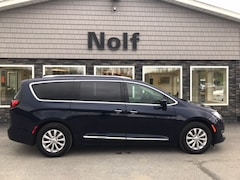 2019 Chrysler Pacifica Touring L Van Regular