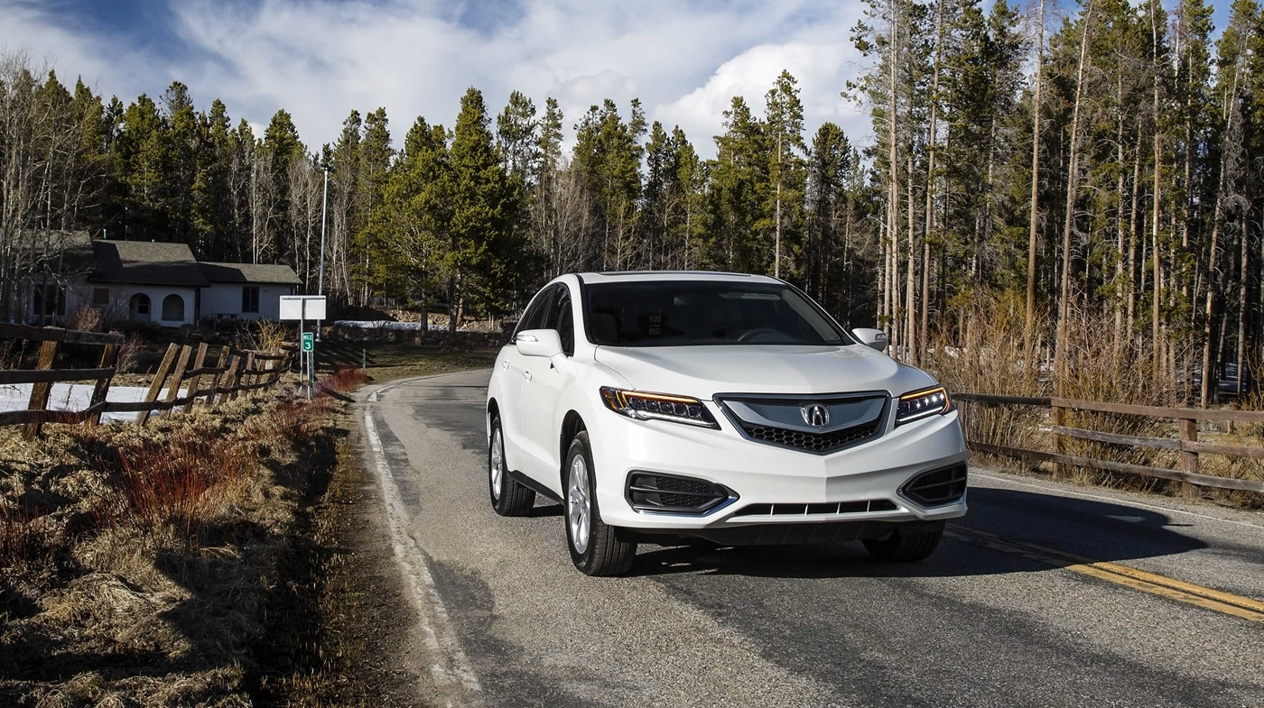 acura and en quarter rdx three canada review motor trend reviews cars rear rating