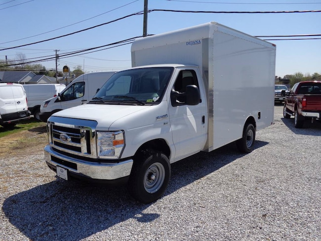 2016 Ford Econoline Commercial Cutaway Truck