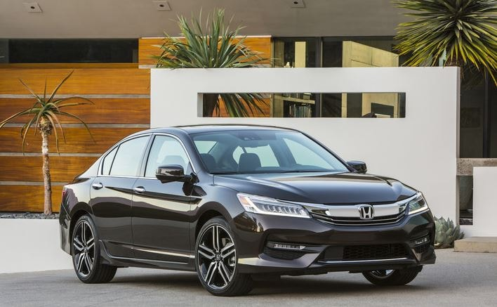 May We Introduce You To The Most Technologically Advanced Accord Yet. The  Revitalized 2016 Accord Made Its Debut While Simultaneously Celebrating  Hondau0027s ...