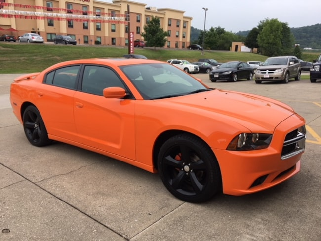 Used 2014 Dodge Charger SXT Sedan for sale in Gallipolis, OH
