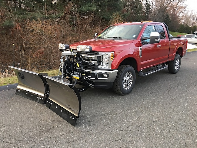 2019 Ford F350 4WD XLT Full Size Truck