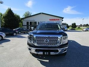 2016 Nissan Titan XD SL Truck Crew Cab