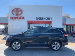 Certified 2017 Toyota Highlander SUV in Enid, OK