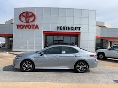 New 2019 Toyota Camry SE Sedan in Enid, OK