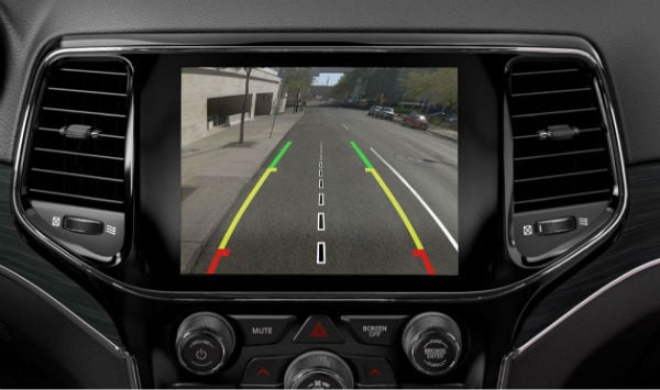 The 2019 Jeep Grand Cherokee back up camera harrison, OH Northgate CDJR