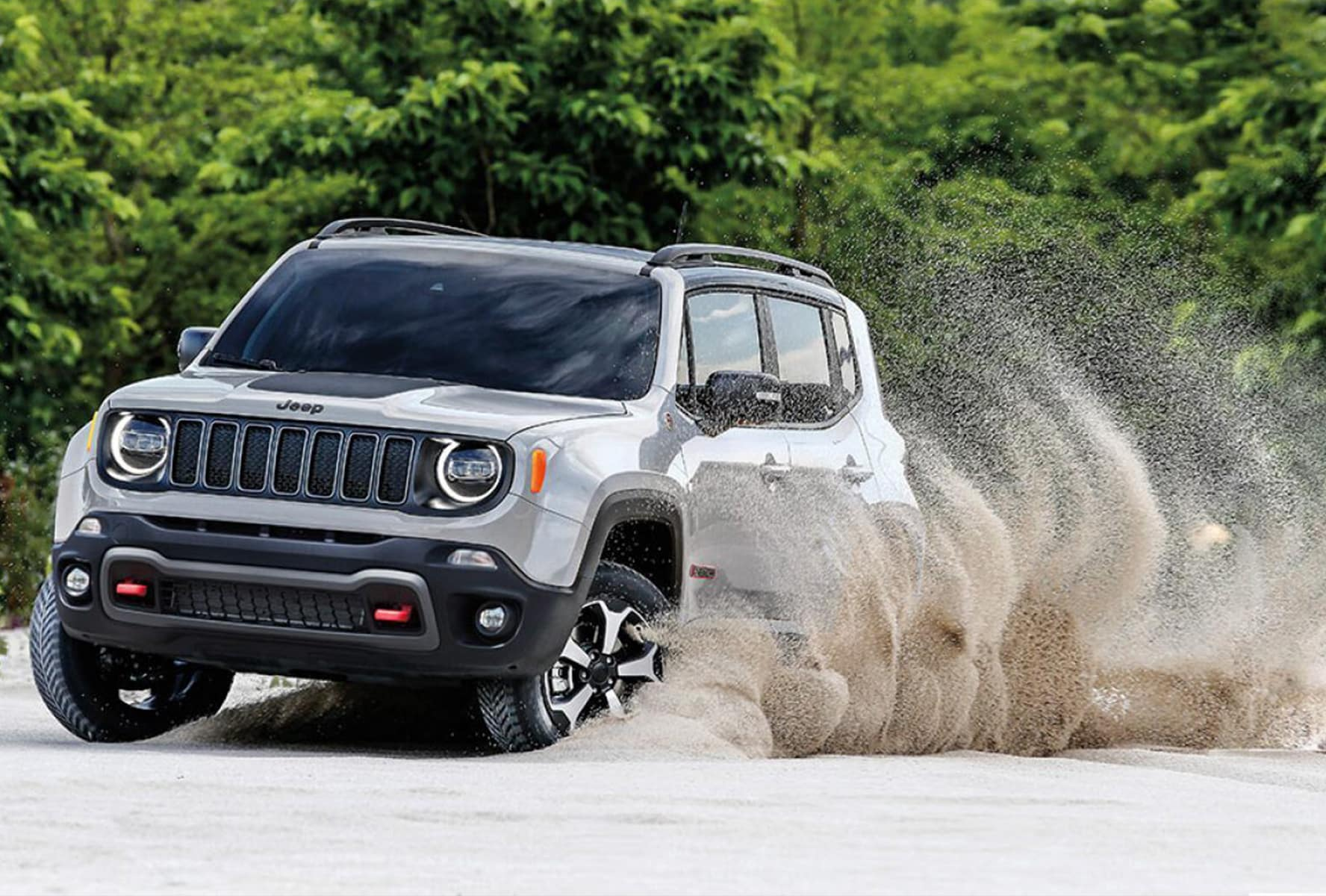 2019 Jeep Renegade safety near Cincinnati, OH
