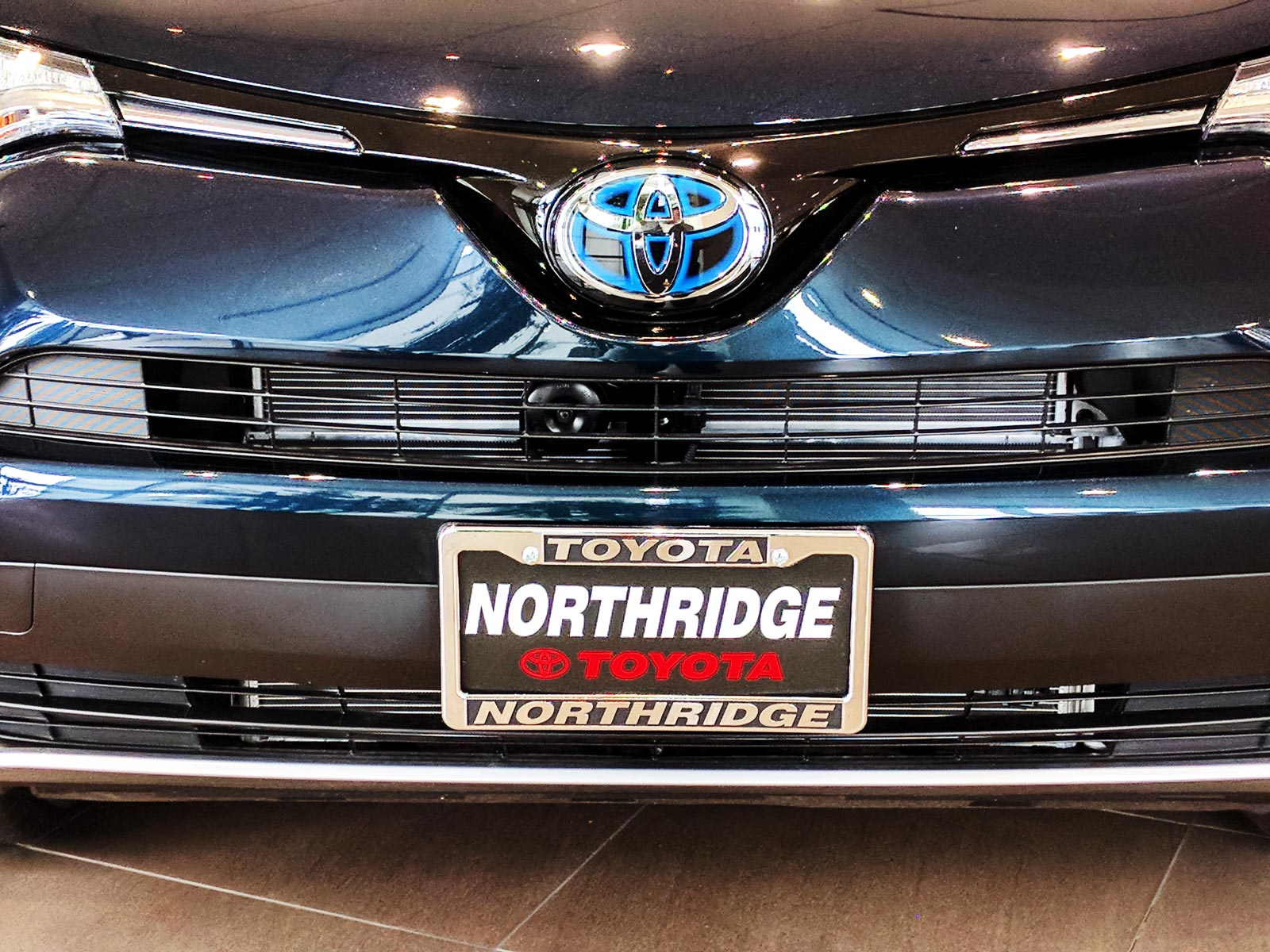 northridge toyota sales new used toyota dealership in autos post. Black Bedroom Furniture Sets. Home Design Ideas