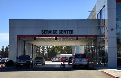 Northridge Toyota - AboutUs -4