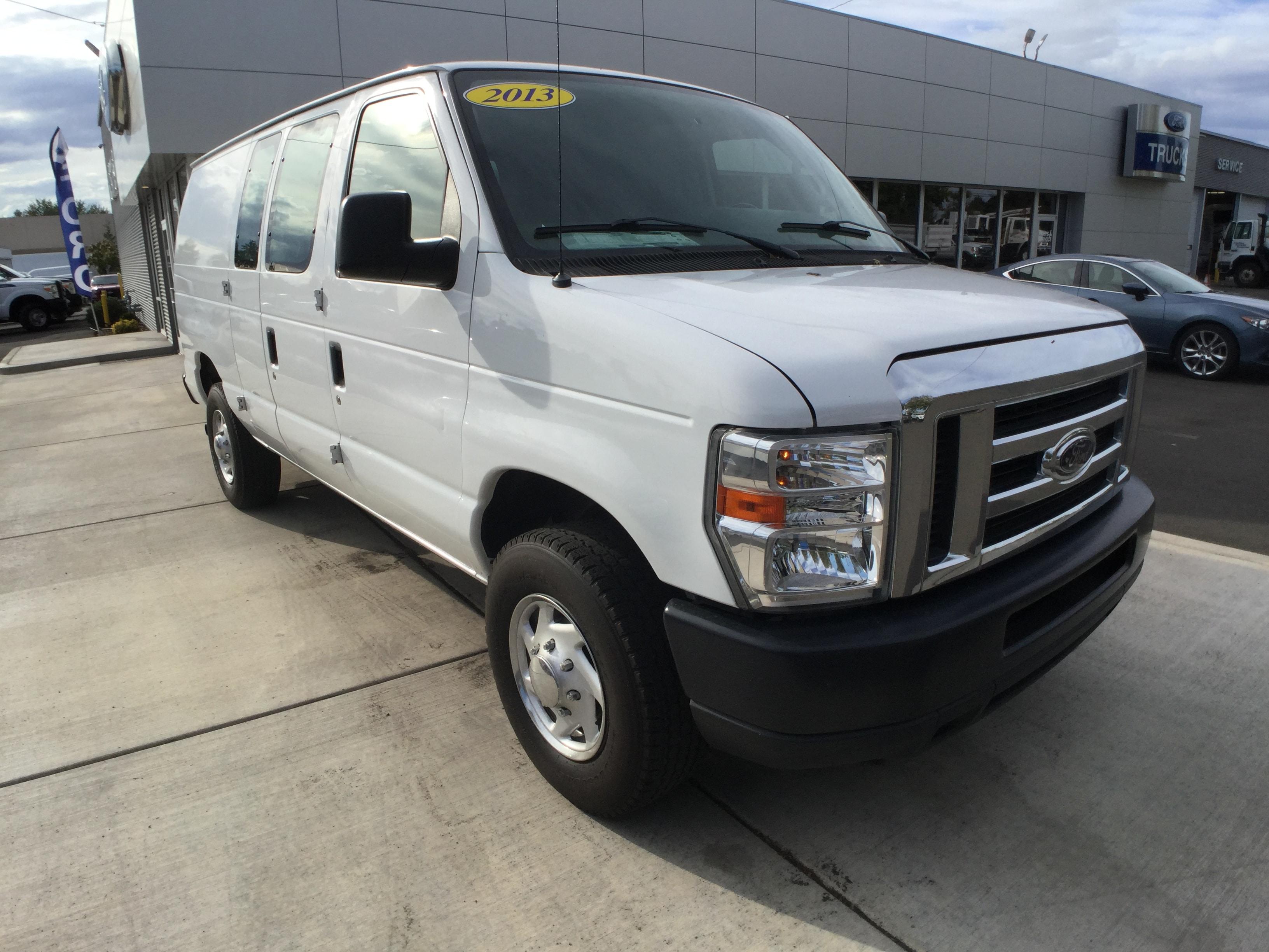 2013 Ford E-350SD Commercial Cargo Van