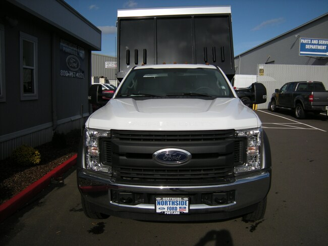 2017 Ford F-450SD Truck