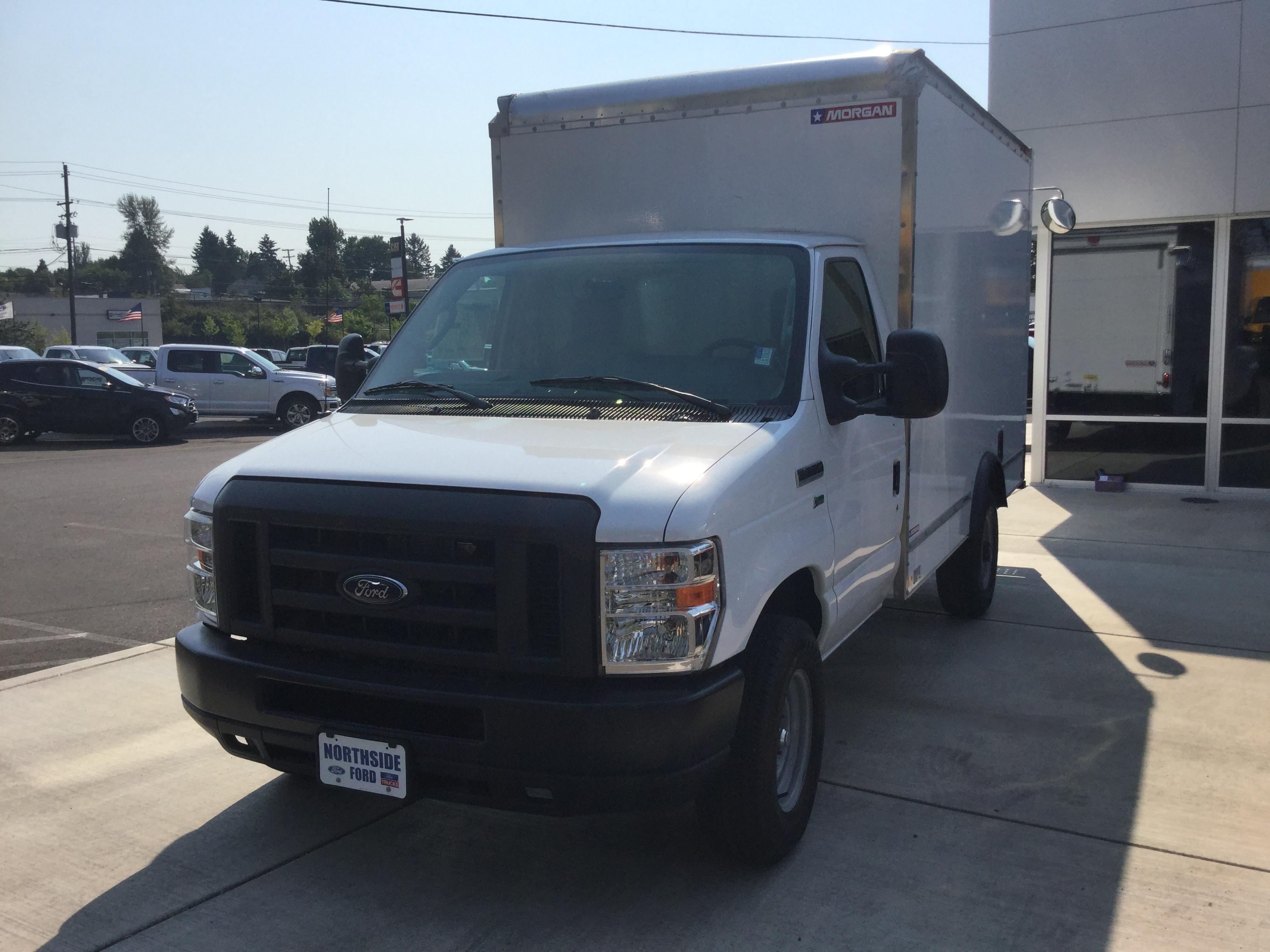 2018 Ford E-350 Cutaway w/ 12' Morgan Dry Van Commercial-truck