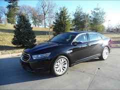 Used 2018 Ford Taurus Limited Sedan for sale in Kansas City