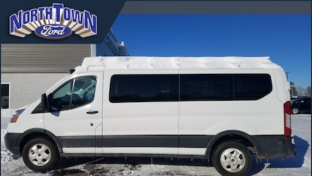 2018 Ford Transit Passenger Wagon T-350 148 Low Roof Swing-Out RH Dr Van
