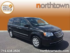 Used 2015 Chrysler Town & Country Touring Minivan/Van 19S2173A for Sale in Amherst NY