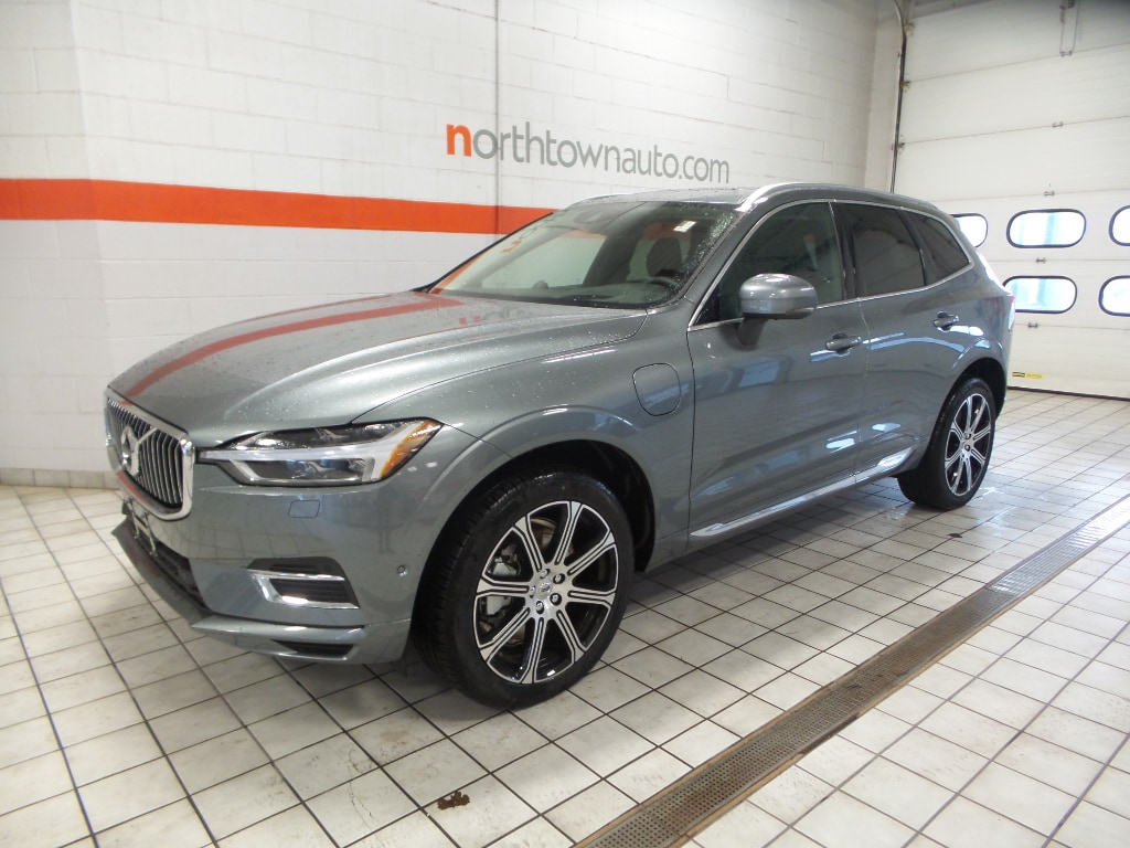 New 2019 Volvo XC60 Hybrid T8 Inscription SUV Williamsville, NY