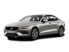 New 2019 Volvo S60 T5 Momentum Sedan Williamsville NY