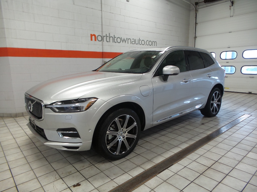 New 2018 Volvo XC60 Hybrid T8 Inscription SUV Williamsville, NY