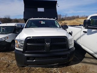 New 2018 Ram 3500 TRADESMAN CHASSIS REGULAR CAB 4X4 143.5 WB Regular Cab Torrington