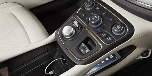 Beaverton Toyota Service >> 2015 Chrysler 200 delivers with its class exclusive 9 speed auto transmissionNorthwest Chrysler ...