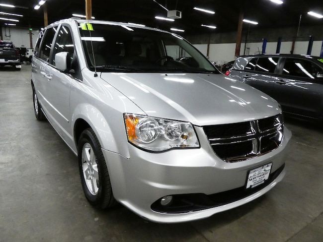 2011 Dodge Grand Caravan Crew Minivan/Van
