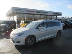 2019 Chrysler Pacifica TOURING L PLUS Passenger Van