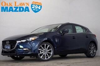 New Mazda 2018 Mazda Mazda3 Grand Touring Hatchback for Sale in Oak Lawn, IL