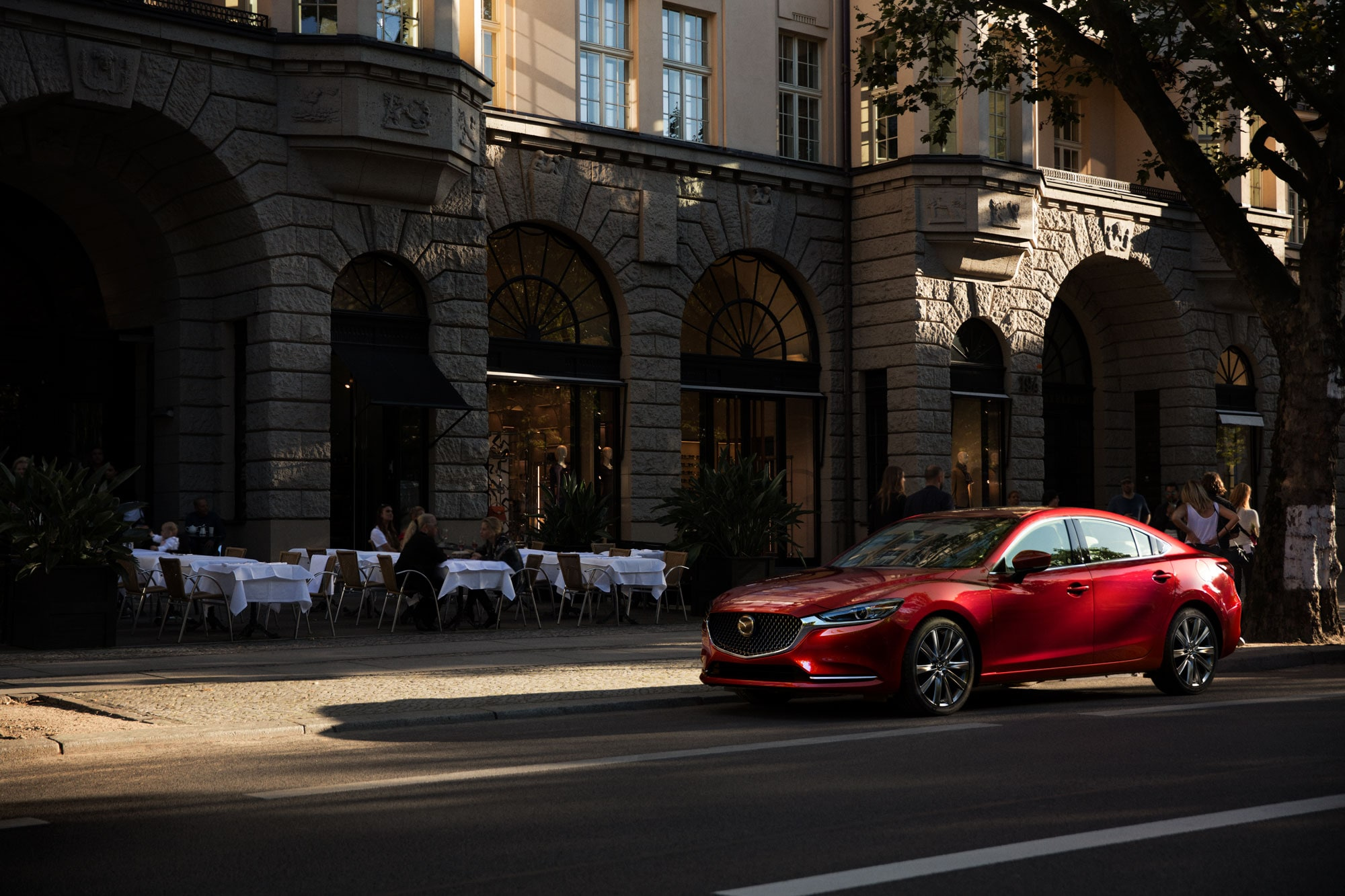 Sporty, Fuel Efficient, And Well Mannered: The 2018 Mazda6