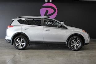 2016 Toyota RAV4 XLE AWD toit ouvrant 1 proprio dossier entretiens SUV