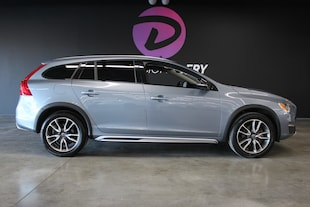 2017 Volvo V60 Cross Country T5 Navigation cuir toit mags Wagon