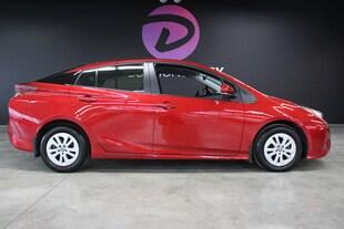 2016 Toyota Prius Tout équipé 1 proprio dossier entretiens ! Hatchback
