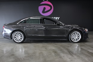 2016 Audi A8 4.0T, B&O sound, low KM. warranty Sedan