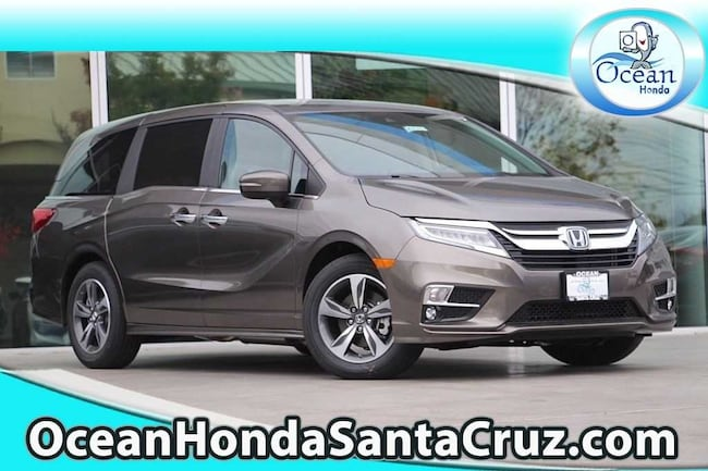 New 2018 Honda Odyssey Touring Van 5FNRL6H80JB015290 for sale near Monterey CA