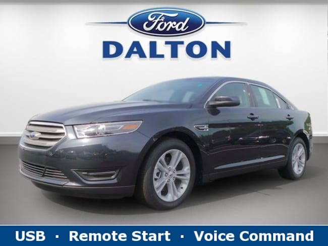 2017 Ford Taurus SEL 4-door Large Passenger Car