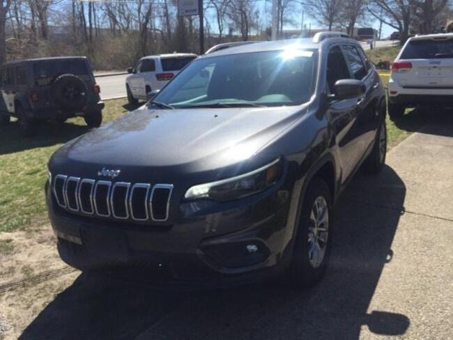 New 2019 Jeep Cherokee LATITUDE PLUS 4X4 Sport Utility in Falmouth, MA