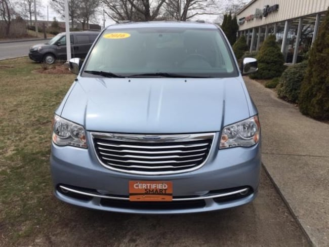 fd05ed3170eab2 Certified Pre-Owned 2016 Chrysler Town   Country Touring-L Van LWB ...