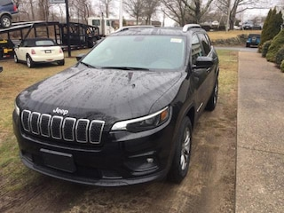 New 2019 Jeep Cherokee LATITUDE PLUS 4X4 Sport Utility 1C4PJMLB8KD407222 for sale in Falmouth, Cape Cod, MA