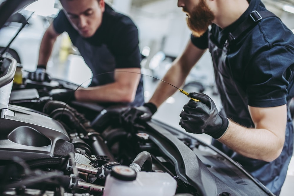 Engine Oil Change Near Me >> Oil Change Near Me Cleveland Oh Land Rover Westside