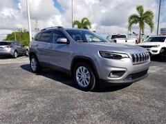 New 2019 Jeep Cherokee LATITUDE FWD Sport Utility in Pompano Beach, FL