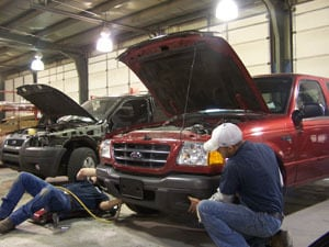 Tour Our Body Shop S Metal Shop Olathe Ford Lincoln