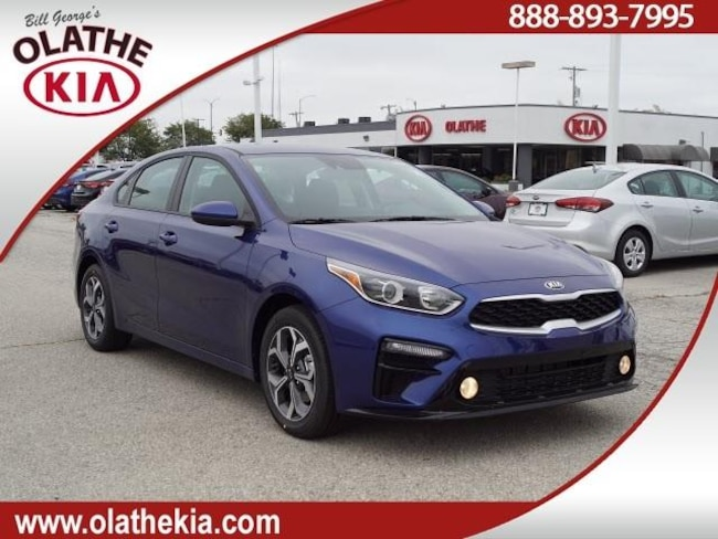 New 2019 Kia Forte LXS Sedan Olathe, KS