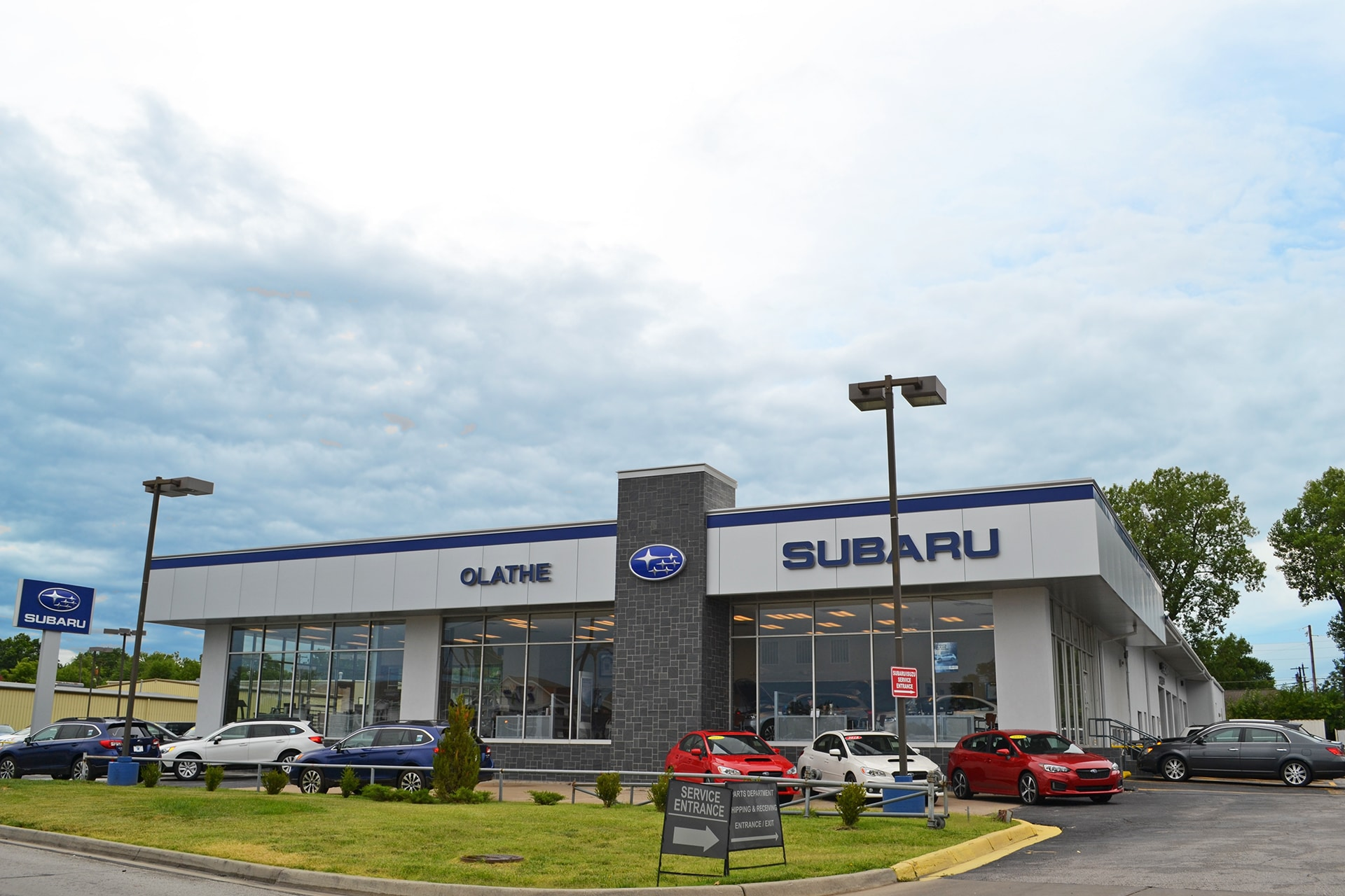 Olathe Subaru   New & Used Cars serving Kansas City MO