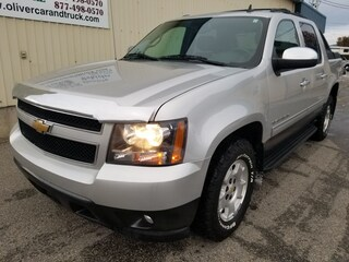 2010 Chevrolet Avalanche ROOF RACK/ TRLR PACKAGE/ PWR PEDALS/ REMOTE START Crew Cab