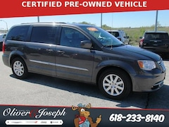2016 Chrysler Town & Country 4dr Wgn Touring Mini-van, Passenger