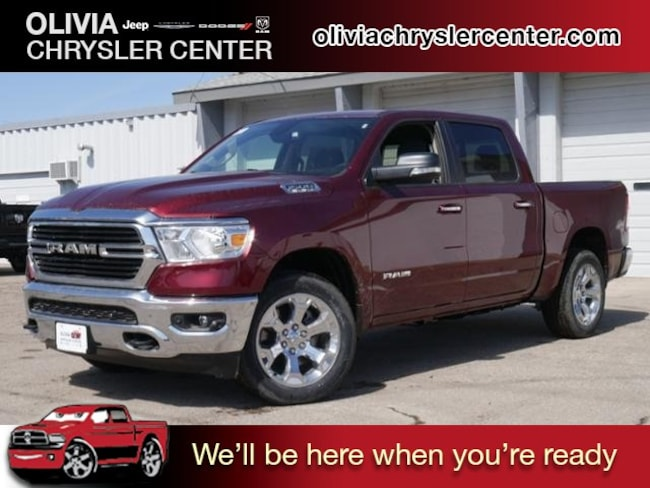 New 2019 Ram 1500 BIG HORN / LONE STAR CREW CAB 4X4 5'7 BOX Crew Cab near Willmar