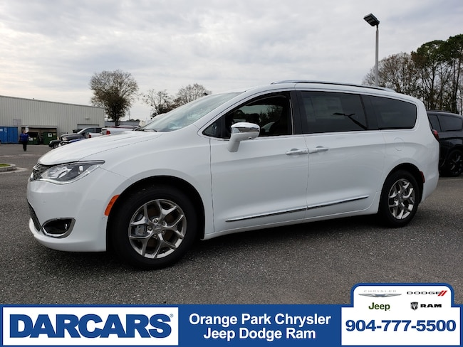 New 2019 Chrysler Pacifica LIMITED Passenger Van in Jacksonville