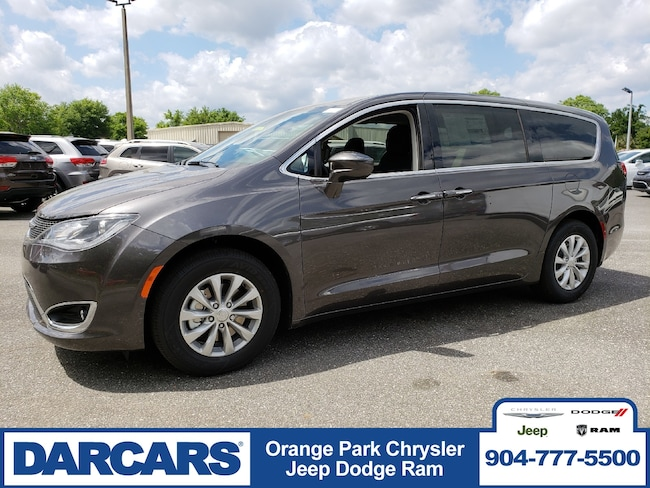 New 2019 Chrysler Pacifica TOURING PLUS Passenger Van in Jacksonville