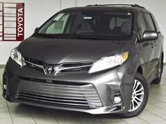 2020 Toyota Sienna XLE Mini-van, Passenger