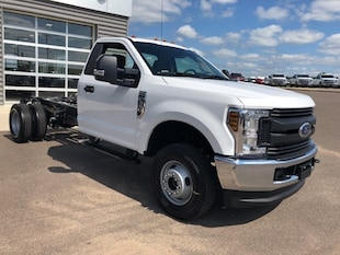 2019 Ford F-350 Chassis Truck Regular Cab 1FDRF3H69KEC47275